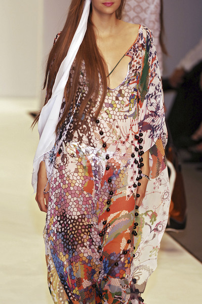 Ben de Lisi at London Spring 2007 (Details)