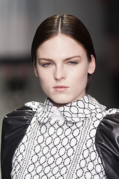 Bora Aksu at London Fall 2014 (Details)