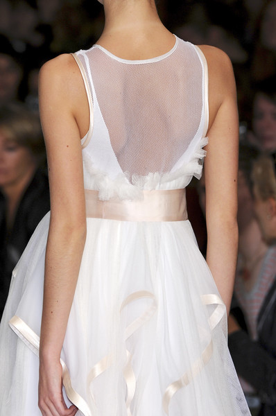 Bora Aksu at London Spring 2009 (Details)