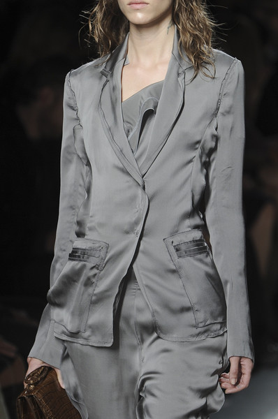 Bottega Veneta at Milan Spring 2011 (Details)