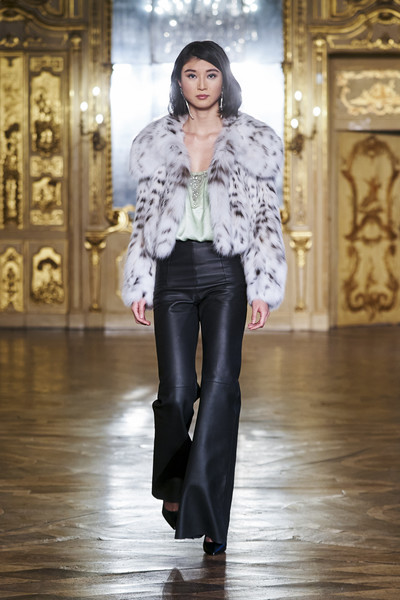 Braschi at Milan Fall 2021 [clothing,outerwear,shoulder,leg,human,fashion,neck,sleeve,waist,street fashion,jeans,fashion,clothing,fur clothing,fashion model,fur,model,haute couture,milan fashion week,fashion show,fashion show,fur clothing,runway,haute couture,fashion,jeans,fashion model,clothing,fur,model]