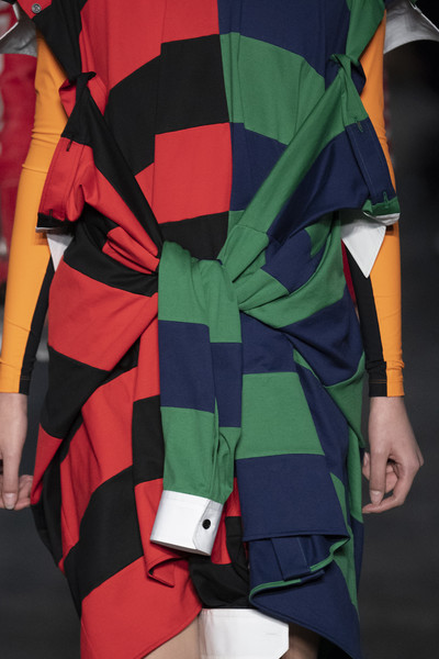 Burberry Clp Bis 033 at London Fall 2019 (Details)
