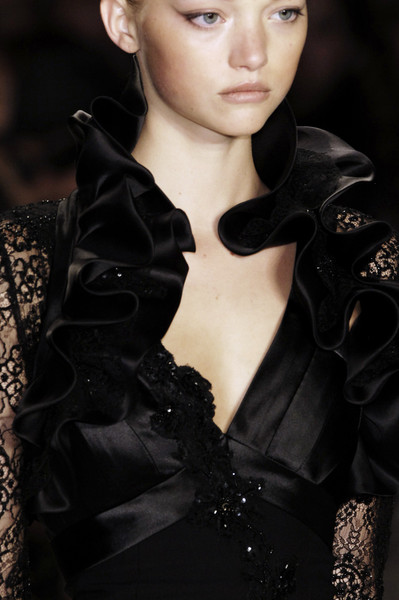 Carlos Miele at New York Spring 2006 (Details)