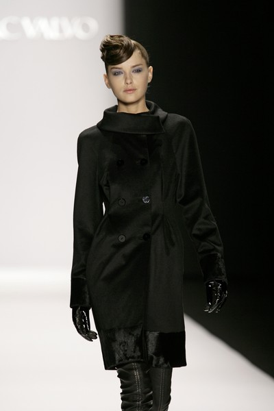 Carmen Marc Valvo at New York Fall 2007