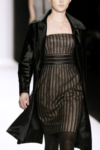Carmen Marc Valvo at New York Fall 2007 (Details)