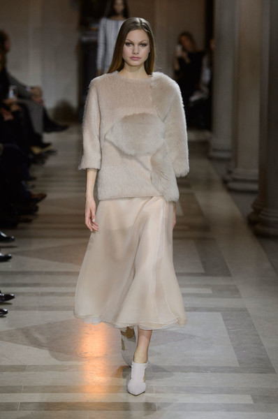 Carolina Herrera at New York Fall 2016