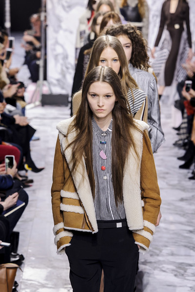 Carven at Paris Fall 2016 [fashion,fashion model,street fashion,fashion show,runway,clothing,long hair,hairstyle,jacket,outerwear,supermodel,nimue smit,runway,carven,fashion,fashion week,model,haute couture,paris fashion week,fashion show,nimue smit,runway,fashion show,supermodel,paris fashion week,fashion,fashion week,model,haute couture,ready-to-wear]