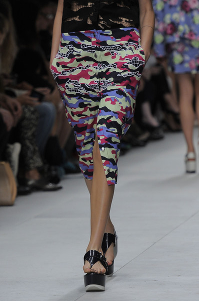 Carven at Paris Spring 2014 (Details)