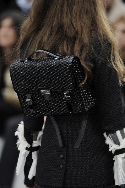 Chanel at Paris Fall 2009 (Details)