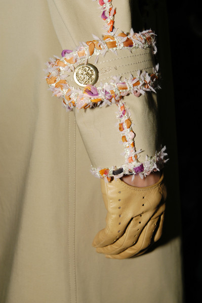 Chanel at Paris Spring 2004 (Details)