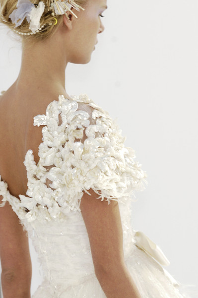 Chanel at couture spring 2006 livingly for Coco chanel wedding dress