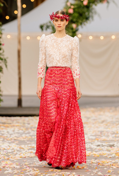 Chanel at Couture Spring 2021 [couture spring 2021,fashion,sleeve,waist,one-piece garment,gown,runway,fashion design,street fashion,formal wear,embellishment,gown,keyboard,fashion,runway,haute couture,fashion model,street fashion,chanel,fashion show,fashion show,haute couture,runway,gown,fashion,fashion model,model m keyboard]