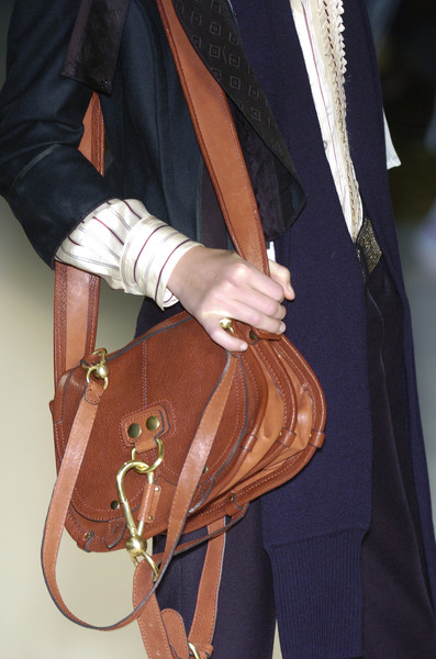 Chloé at Paris Fall 2005 (Details)