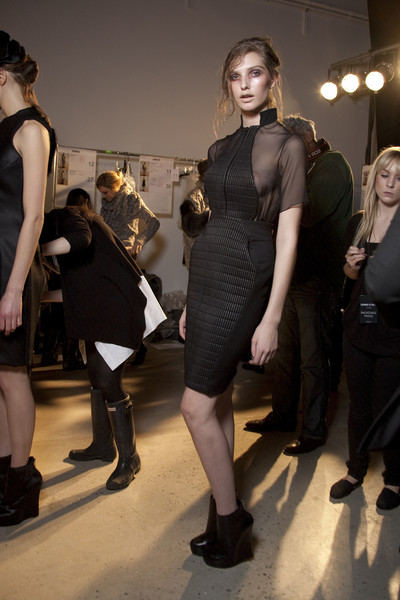 Cushnie et Ochs at New York Fall 2010 (Backstage)