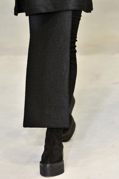Damir Doma at Paris Fall 2011 (Details)