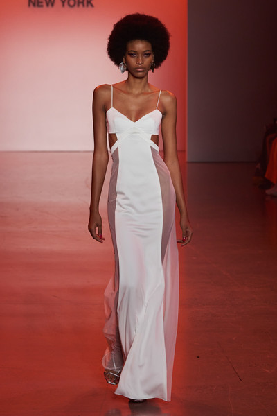 Deity New York Full Legth at New York Spring 2022 [joint,hairstyle,one-piece garment,shoulder,dress,neck,fashion,sleeve,day dress,waist,dress,gown,wedding dress,deity,fashion,gown,hair,wear,new york,new york fashion week,fashion,gown,wedding dress,stx it20 risk.5rv nr eo,gown / m,long hair / m,dress,formal wear,fashion show,cocktail dress]