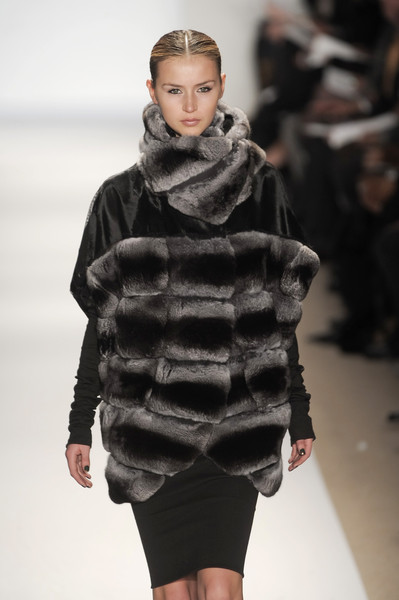Dennis Basso at New York Fall 2010
