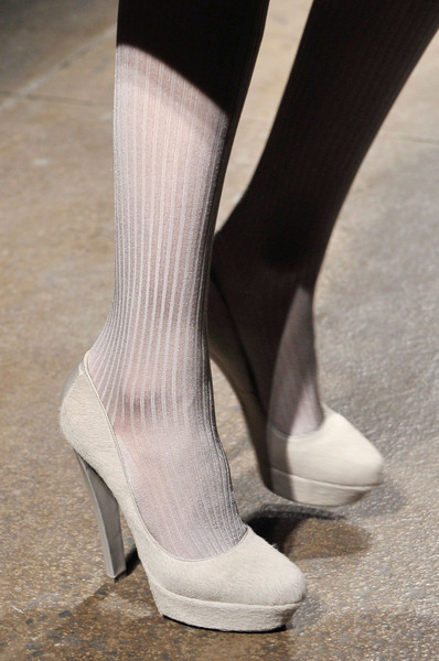 Donna Karan at New York Fall 2011 (Details)