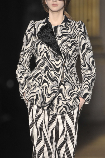 Dries Van Noten at Paris Fall 2011 (Details)