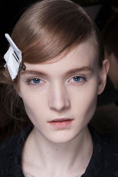 Dries Van Noten at Paris Fall 2013 (Backstage)