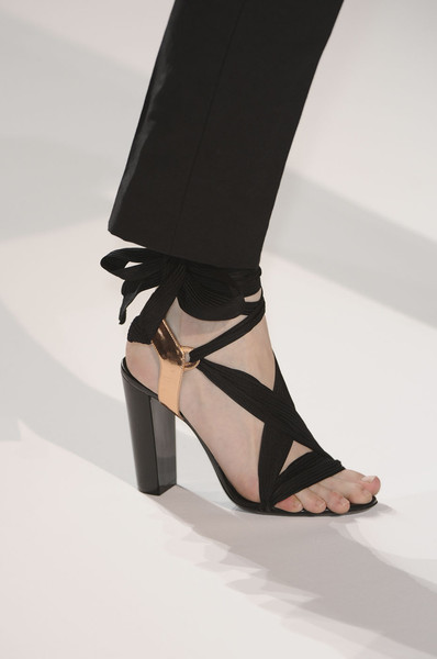 Dries Van Noten at Paris Spring 2012 (Details)