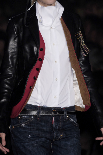 Dsquared² at Milan Fall 2006 (Details)