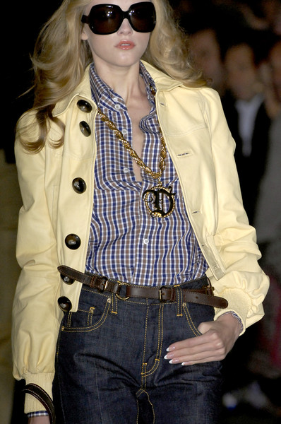 Dsquared² at Milan Spring 2009 (Details)