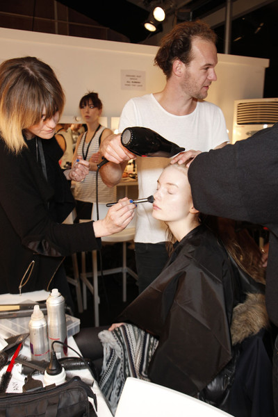 EMILIO DE LA MURENA at London Fall 2011 (Backstage)