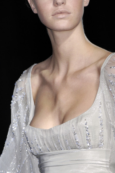 Elie Saab at Couture Fall 2007 (Details)