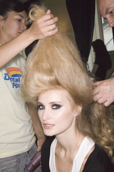 Elie Saab at Couture Fall 2008 (Backstage)