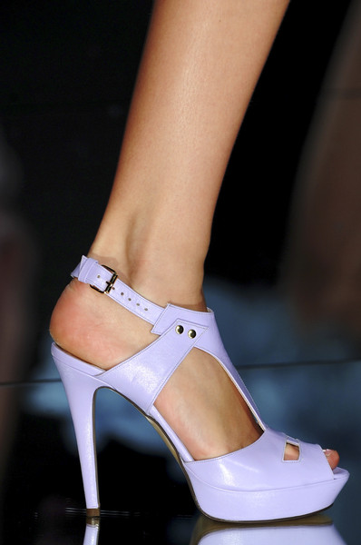 Elie Saab at Paris Spring 2009 (Details)