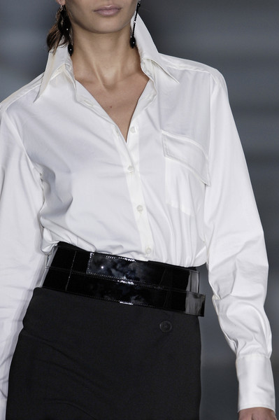 Erreuno at Milan Fall 2006 (Details)