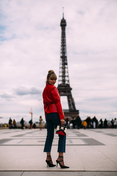 Lady (And L'Eiffel) In Rouge