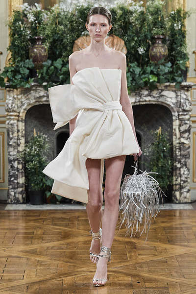 Farhad Re at Couture Spring 2020 [fashion,fashion model,clothing,haute couture,shoulder,white,runway,fashion show,dress,footwear,farhad re,fashion,haute couture,runway,fashion week,spring,fashion design,couture spring 2020,fashion show,paris fashion week,paris fashion week,julien fourni\u00e9,fashion,haute couture,fashion week,fashion show,runway,fashion design,spring,autumn]