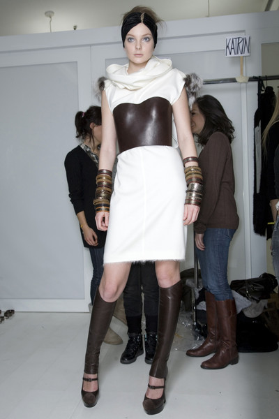 Fendi at Milan Fall 2009 (Backstage)