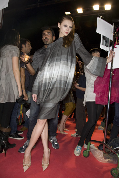 Gaetano Navarra at Milan Spring 2009 (Backstage)