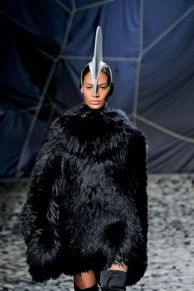 Gareth Pugh at Paris Fall 2012 [fur,fur clothing,fashion,clothing,outerwear,textile,ear,haute couture,hood,gareth pugh,fashion,haute couture,fashion week,runway,model,spring,clothing,paris fashion week,fashion show,paris fashion week,fashion show,runway,fashion,fashion week,haute couture,model,paris,spring]