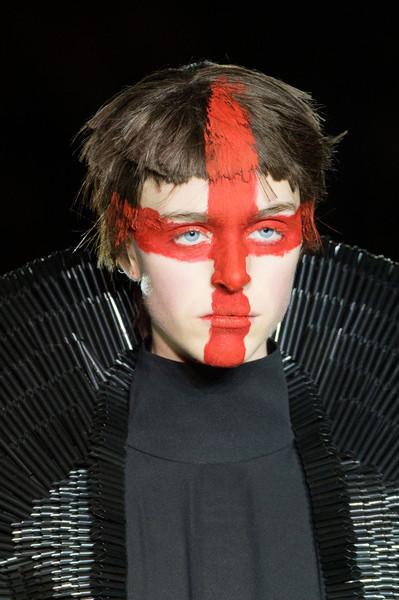 Gareth Pugh at London Fall 2015 (Details)