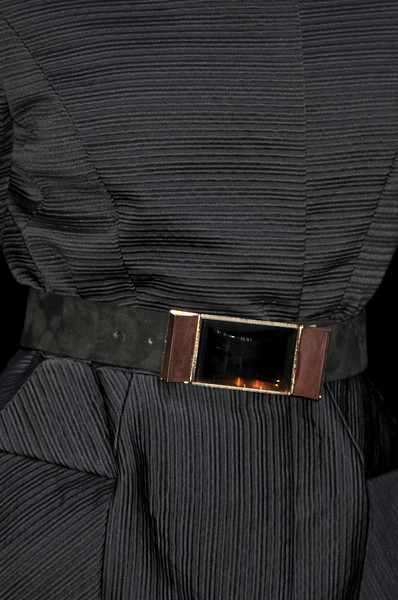 Gianfranco Ferré at Milan Fall 2009 (Details)