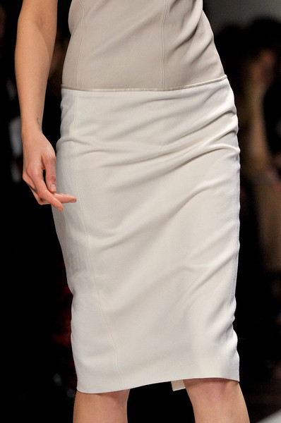 Gianfranco Ferré at Milan Fall 2011 (Details)