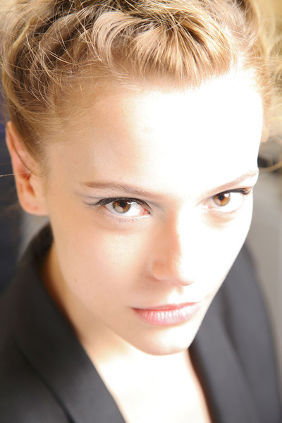 Giorgio Armani at Milan Spring 2012 (Backstage)