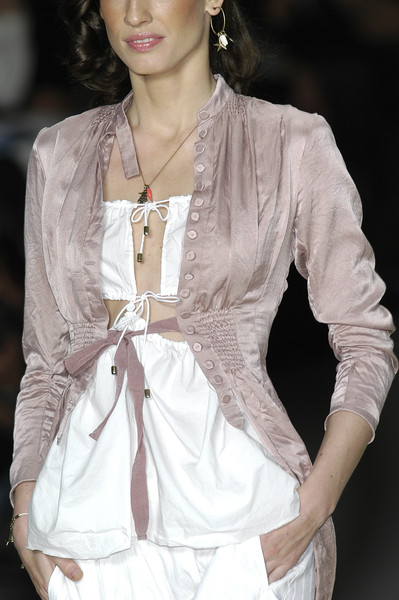 Givenchy at Paris Spring 2004 (Details)