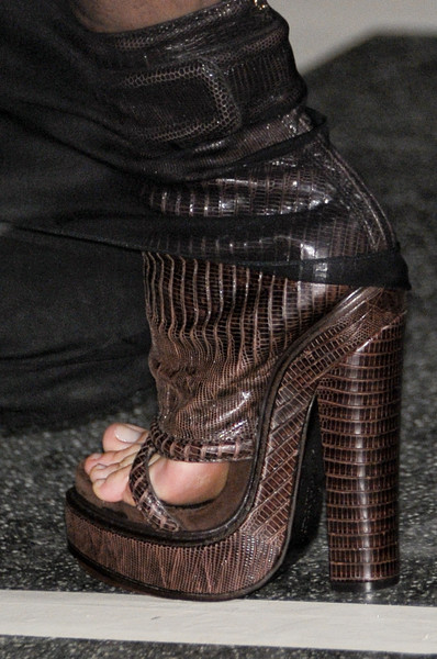 Givenchy at Paris Spring 2011 (Details)
