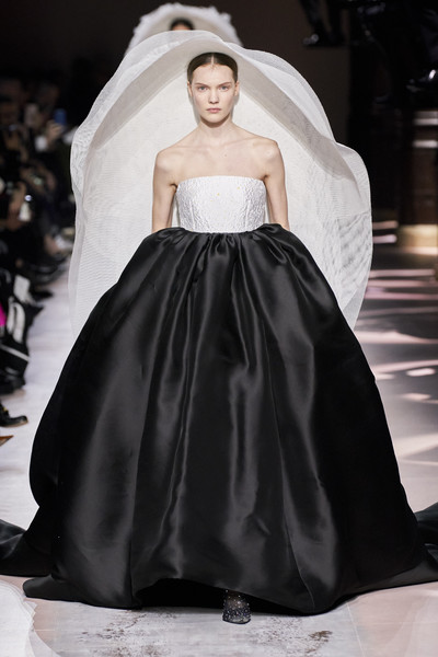 Givenchy at Couture Spring 2020 [fashion model,gown,dress,fashion,clothing,haute couture,wedding dress,bridal clothing,fashion show,shoulder,dress,gown,clothing,fashion,clothing,haute couture,fashion model,couture spring 2020,fashion show,givenchy]