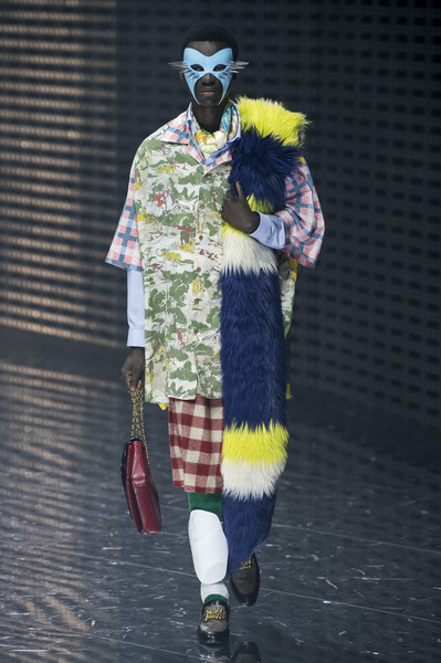 Gucci at Milan Fall 2019 [fashion,yellow,fun,textile,fur,costume,costume design,alessandro michele,fashion,fashion week,runway,yellow,fun,textile,fur,gucci,milan fashion week,alessandro michele,gucci,ready-to-wear,fashion,milan fashion week,fashion week,runway,clothing,haute couture]