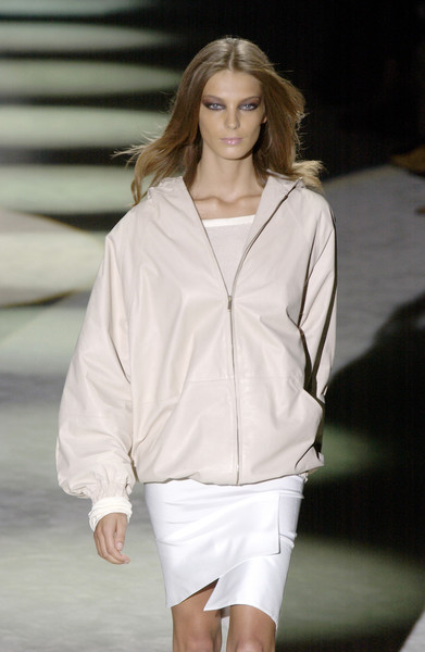 Gucci at Milan Spring 2004 [fashion show,fashion model,white,fashion,runway,clothing,shoulder,public event,outerwear,blond,socialite,supermodel,runway,fashion,model,clothing,shoulder,gucci,milan fashion week,fashion show,runway,fashion show,model,supermodel,fashion,socialite,summer]