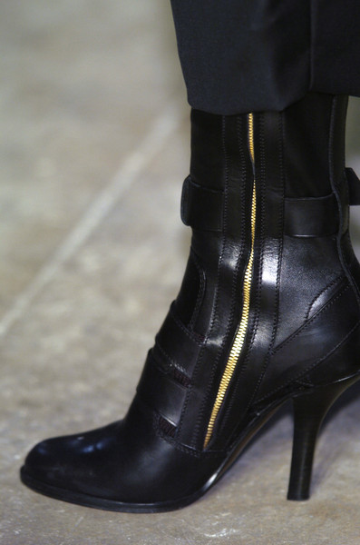 Haider Ackermann at Paris Fall 2005 (Details)
