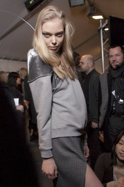 Hussein Chalayan at Paris Fall 2010 (Backstage)
