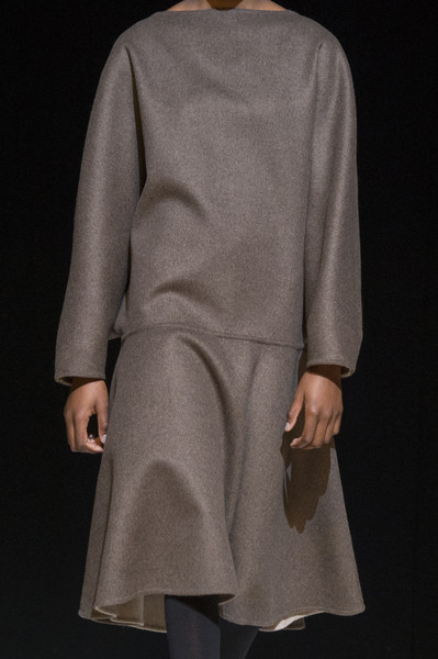 Hussein Chalayan at London Fall 2017 (Details)