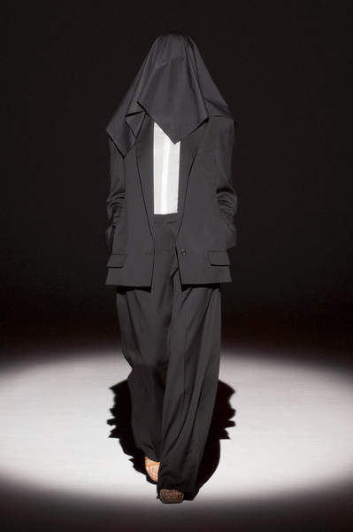 Hussein Chalayan at Paris Spring 2011